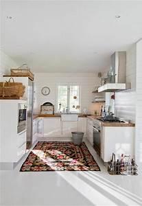 Simple with meuble cuisine scandinave for Meuble de salle a manger avec tapis salon style scandinave