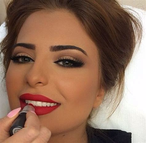 step  step  party wear makeup tutorial tips ideas  pictures galstylescom