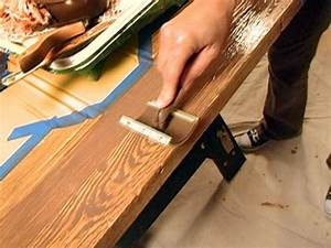 How to Paint a Faux Wood Grain