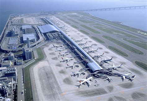 vinci team lands japanese airport concession