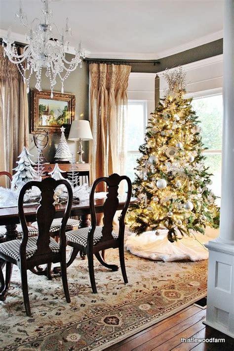 37 stunning christmas dining room d 233 cor ideas digsdigs