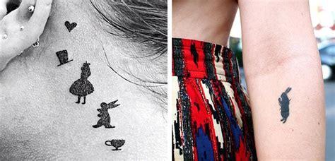 Descubre los tatuajes inspirados en Alicia en el País de