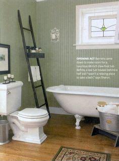 farm house kitchen sinks high contrast powder room walls white beadboard 7132