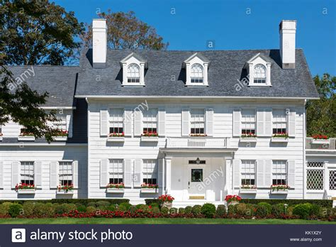 Haus Kaufen New York State by Gro 223 Es Wei 223 Es Haus In East Hton New York Stockfoto