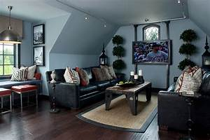 Dark floors dark couches living room decorating for Rooms with black floors