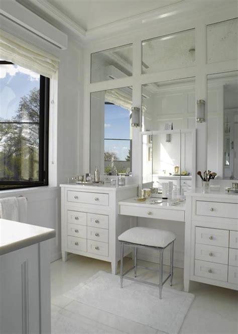 Newbury Bath Stool, Transitional, Bathroom