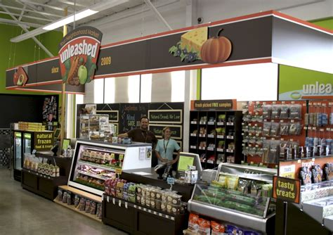 retail wrap unleashed by petco in sugar land spring