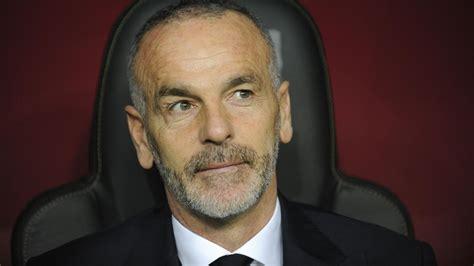 Nel 2013 divenne l'allenatore del villarreal, che con marcelino risalì rapidamente in liga dopo la sorprendente retrocessione del 2012, a causa della quale la società era stata costretta a vendere tutti. Ufficiale: Stefano Pioli è il nuovo allenatore dell'Inter - Serie A 2016-2017 - Calcio - Eurosport