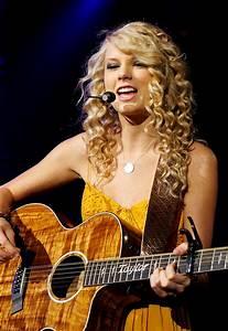 Taylor Swift | Bailey Tucker's Journal