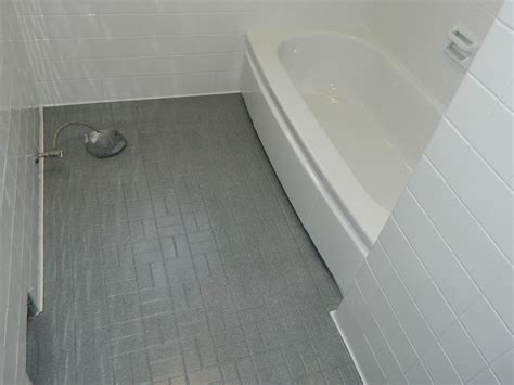 Resurfacing Bathroom Tile by Reglaze Bathroom Tile Floor Carpet Vidalondon