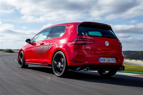 golf gti tcr new volkswagen golf gti tcr 2019 review pictures auto express