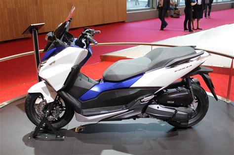 Honda Forza 250 Hd Photo by Honda Forza 125 Une 224 Deux Roues Au Mondial