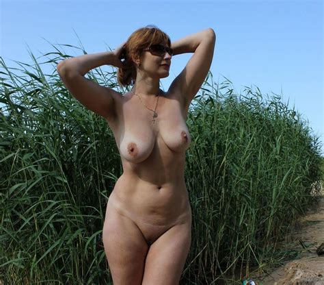 russian mature wife boobs outdoors tube vidéo porno