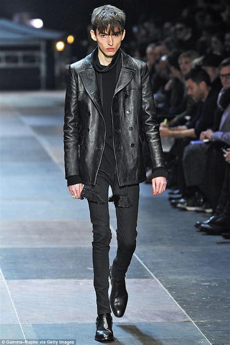 shocking image  extremely thin model  paris runway