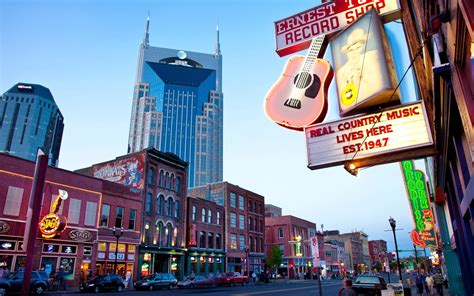 nashville bachelorette party itinerary   stay eat