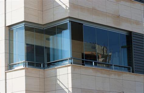 verande scorrevoli per balconi chiusure per balconi chiusure trasparenti e vetrate per