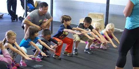 crossfit  kids expands  fitness craze   toddler
