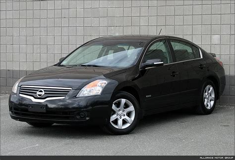 2009 Nissan Altima Hybrid 2009 nissan altima hybrid information and photos