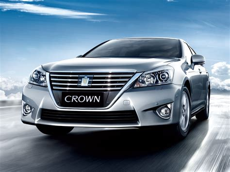 topworldauto   toyota crown royal saloon