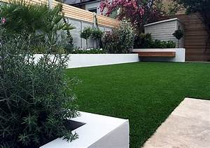 Modern garden design fulham chelsea clapham grass for White garden walls
