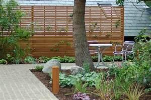 Sichtschutz f r garten selber bauen holz glas oder metal for Terrasse sichtschutz selber bauen