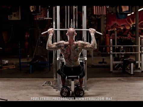 chair crunch jim stoppani extended set back workout by jim stoppani