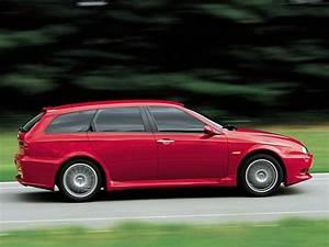 Alfa Romeo V6 : alfa romeo 156 sportwagon gta specs photos 2002 2003 2004 2005 autoevolution ~ Medecine-chirurgie-esthetiques.com Avis de Voitures
