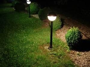 Eclairage Exterieur Jardin : installer un clairage ext rieur de jardin ~ Melissatoandfro.com Idées de Décoration