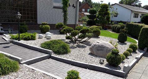 Vorgarten Mit Steinen by Kies Steine Vorgarten Picture Quote Garten Designs