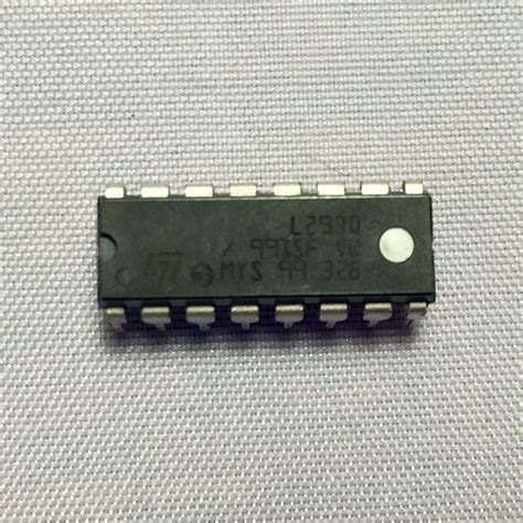 Chip Motor by Motor Driver Chip L293d Chickbot