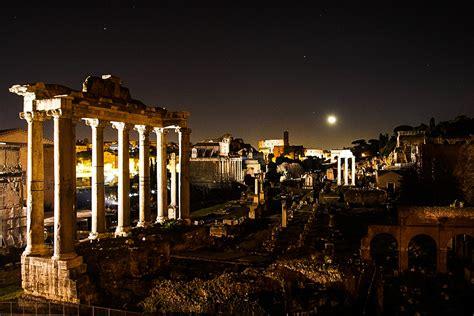 Rome under the moonlight - extraordinary night opening of ...