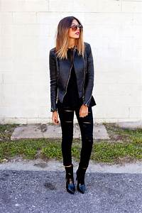 30 Outfits Thatu2019ll Make You Want to Wear Black Ripped Jeans Every Day | StyleCaster