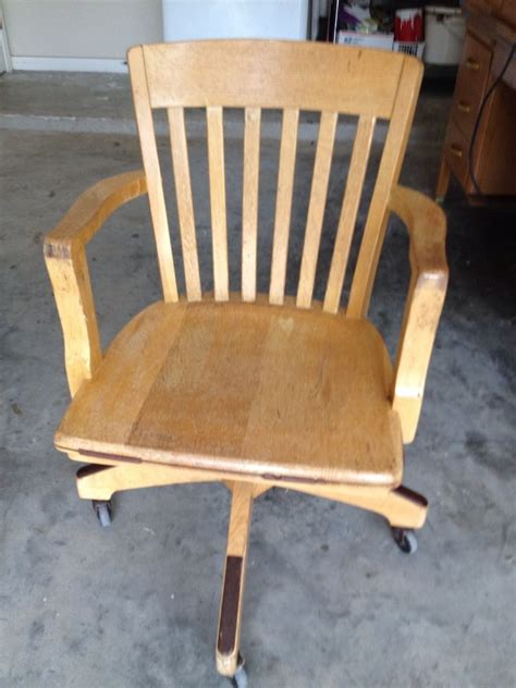 vintage bankers desk chair antique solid quartersawn oak wood swivel chair banker