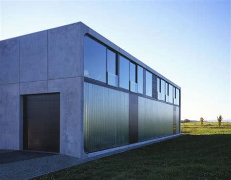 Bunker House Made of Prefab Concrete Blocks - Haus Bold