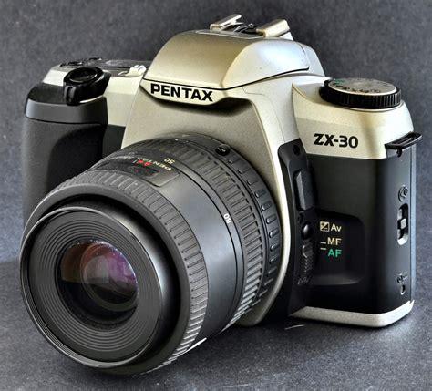 students pentax zx  qd mm slr camera af  mm