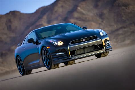 2018 Nissan Gt R Track Edition Photo Gallery Autoblog