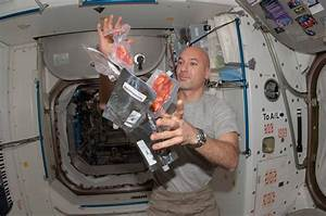 Mike Massimino's favorite space food is surprisingly ...