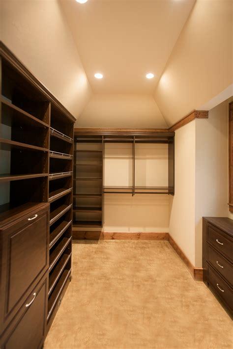 Custom Built Closets  Highlands Decorating Center