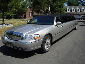 2011 Lincoln Town Car Limousine For Sale