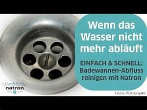 Abfluss Stinkt Natron Essig : badewannen abfluss reinigen mit natron und essig youtube ~ Bigdaddyawards.com Haus und Dekorationen