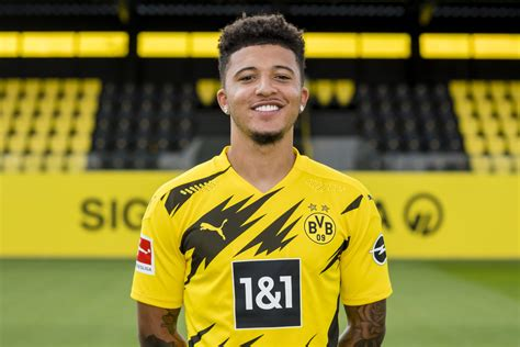 Liverpool now 'leading the race for Jadon Sancho' as Man ...