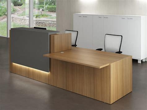 bureau d accueil des doctorants bureaux d 39 accueil design en bois gris achat bureaux d
