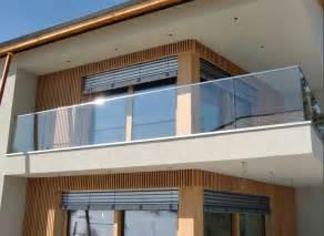 dekoration balkon balkongeländer ein ideen balkon haus dekoration aussen