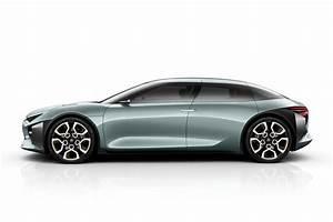 Nouvelle Citroen C5 : citroen cxperience concept sleek plug in hybrid making paris debut evo ~ Gottalentnigeria.com Avis de Voitures