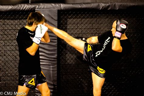 si鑒e social mma perth kickboxing classes legion 13