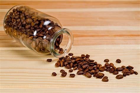 Discover the best methods for storing coffee beans and ground coffee to maintain maximum freshness and flavor. Top 11 Best Containers to Store Coffee Beans of 2020