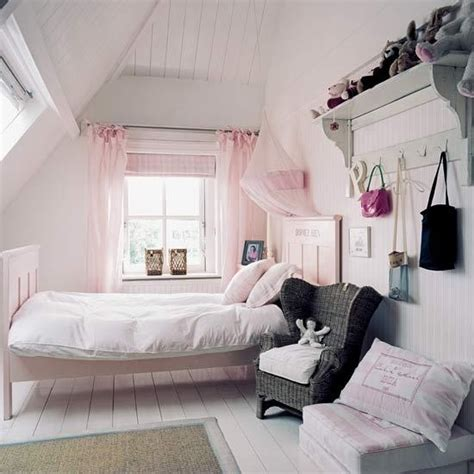 chambre two girls one mag