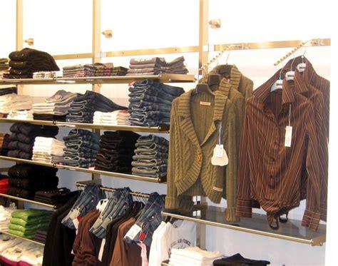 negozi arredamento economici negozi di abbigliamento economici abiti donna