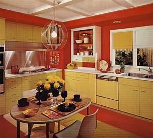 1970s kitchen design one harvest gold kitchen decorated for Interior design ideas for 1970s house