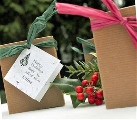 tree party favors plant  memory favors gifts
